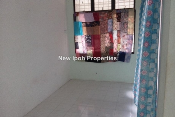 For Sale Bungalow at Kampung Tawas, Ipoh Leasehold Unfurnished 4R/2B 325k