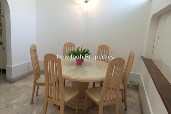 For Sale Semi-Detached at Taman Canning, Ipoh Leasehold Semi Furnished 3R/3B 750k