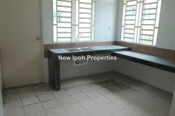 For Sale Semi-Detached at Klebang Perdana, Chemor Leasehold Unfurnished 3R/3B 418k