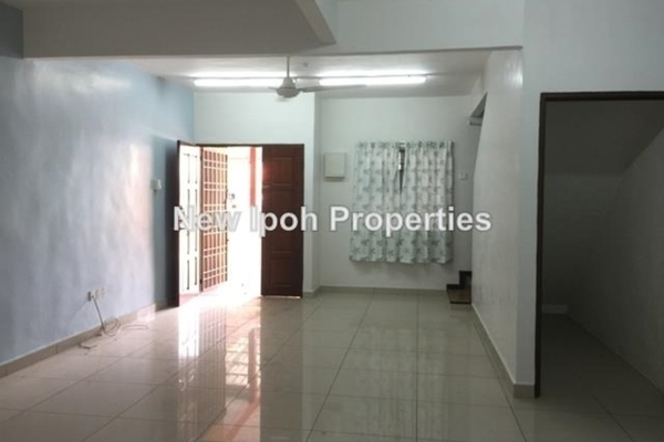 For Sale Terrace at Taman Lapangan Permai, Ipoh Leasehold Unfurnished 3R/2B 242k