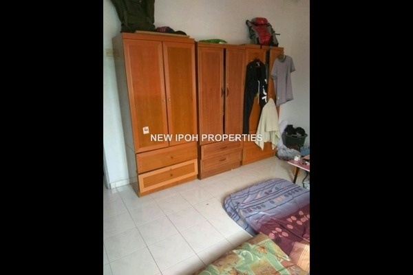 For Sale Terrace at Taman Cempaka, Ipoh Leasehold Unfurnished 3R/1B 170k