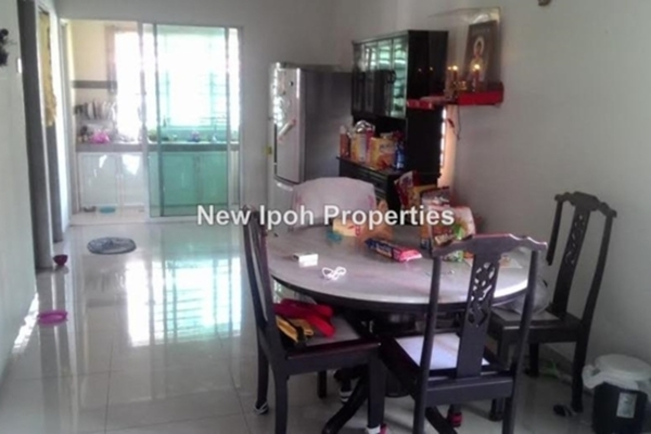 For Sale Terrace at Taman Desa Rishah, Ipoh Leasehold Unfurnished 4R/4B 493k