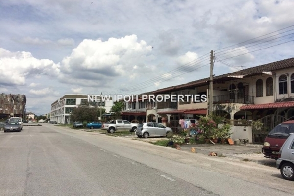 For Sale Terrace at Tiara Lake Park, Ipoh Leasehold Unfurnished 3R/2B 188k
