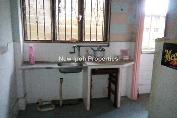 For Sale Apartment at Kampung Baru Menglembu, Menglembu Leasehold Unfurnished 3R/1B 0translationmissing:en.pricing.unit
