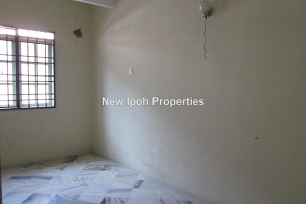 For Sale Terrace at Taman Sri Ampang, Ipoh Leasehold Unfurnished 4R/4B 328k