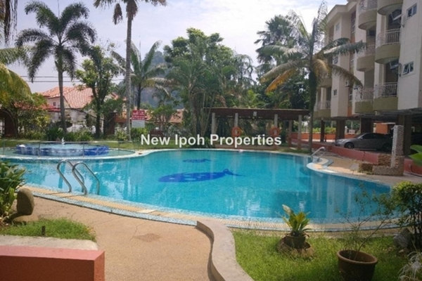 For Sale Condominium at Sky Home, Tambun Leasehold Unfurnished 3R/2B 325k