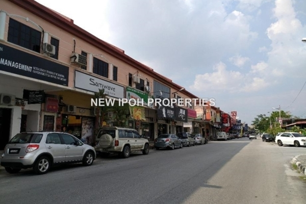 For Sale Shop at Taman Desa Kenchana, Ipoh Leasehold Unfurnished 0R/2B 608k
