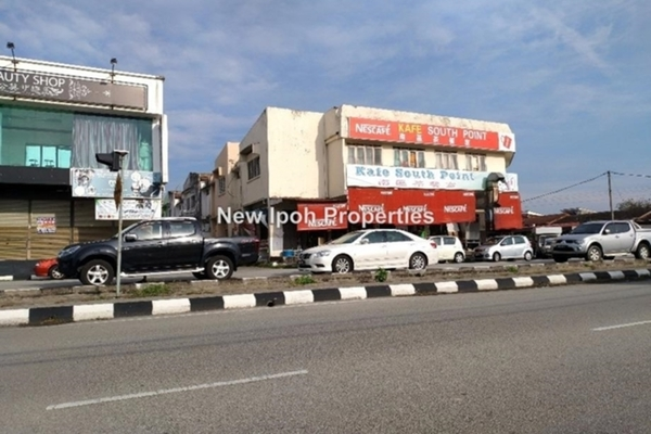 For Rent Shop at Taman Ipoh Selatan, Ipoh Leasehold Unfurnished 0R/1B 1.63k