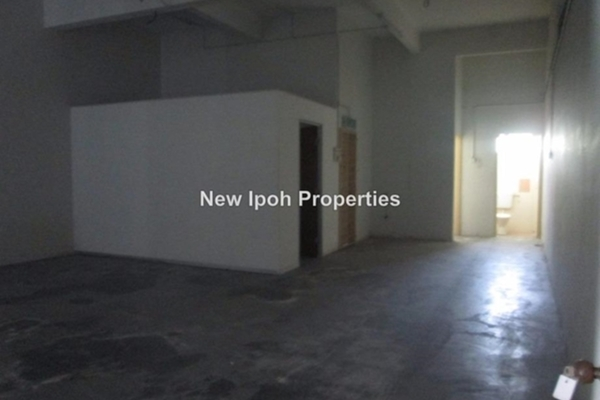 For Rent Shop at Taman Sinfar, Ipoh  Unfurnished 0R/2B 2k