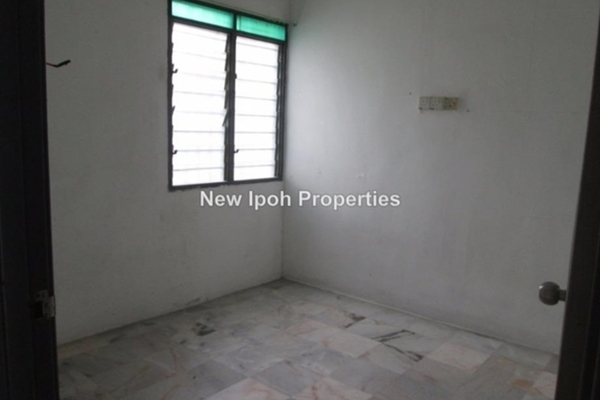 For Sale Terrace at Taman Lapangan Melodi, Ipoh Leasehold Unfurnished 3R/2B 168k