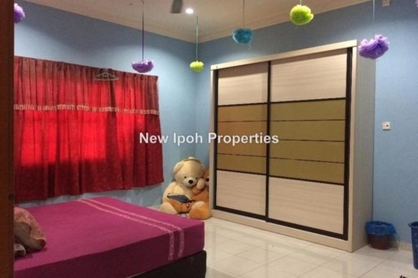 For Sale Bungalow at Kampung Tersusun Klebang Selatan, Ipoh Leasehold Unfurnished 5R/5B 499k