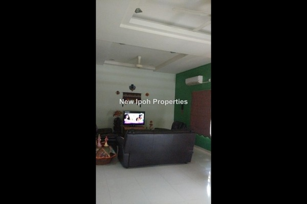 For Sale Semi-Detached at Desa Lang Damai, Ipoh Leasehold Semi Furnished 5R/3B 620k