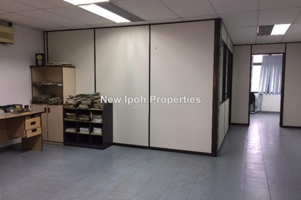 For Sale Shop at Taman Hoover, Ipoh Leasehold Unfurnished 0R/0B 1.08m
