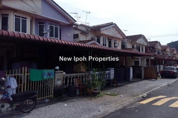 For Sale Terrace at Taman Seri Rapat, Ipoh Leasehold Fully Furnished 3R/0B 180k
