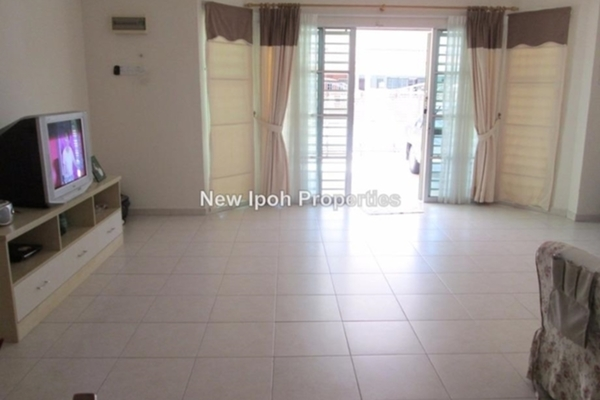 For Sale Terrace at Taman Ipoh Permai, Ipoh Leasehold Unfurnished 4R/4B 413k