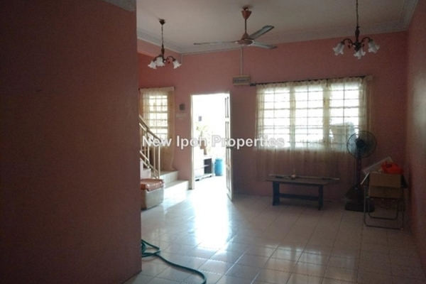 For Sale Terrace at Taman Anjung Tawas Sinaran, Ipoh Leasehold Unfurnished 4R/2B 290k