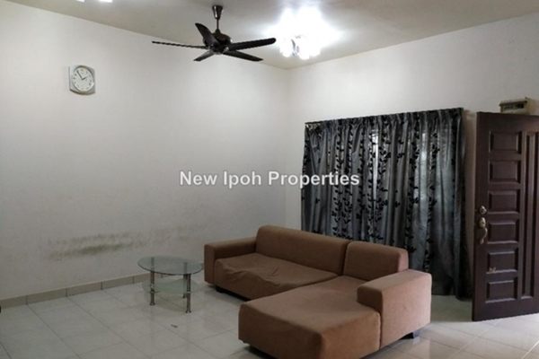 For Rent Terrace at Tiara Lake Park, Ipoh Leasehold Unfurnished 3R/3B 1k