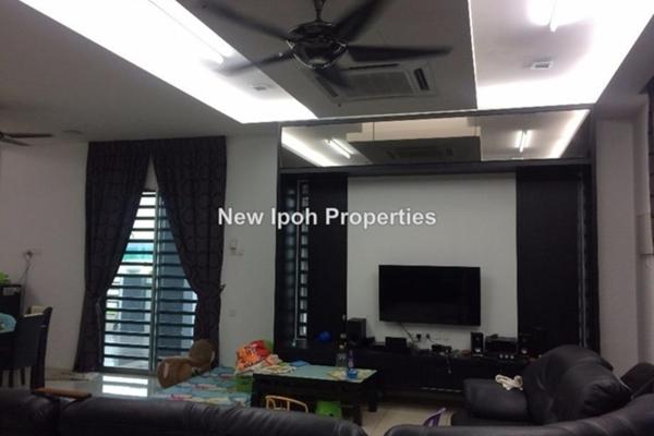 For Sale Terrace at Bandar Seri Botani, Ipoh Leasehold Unfurnished 4R/4B 650k
