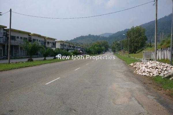 For Sale Factory at Taman Puncak Jelapang Maju, Ipoh Leasehold Unfurnished 0R/2B 188k
