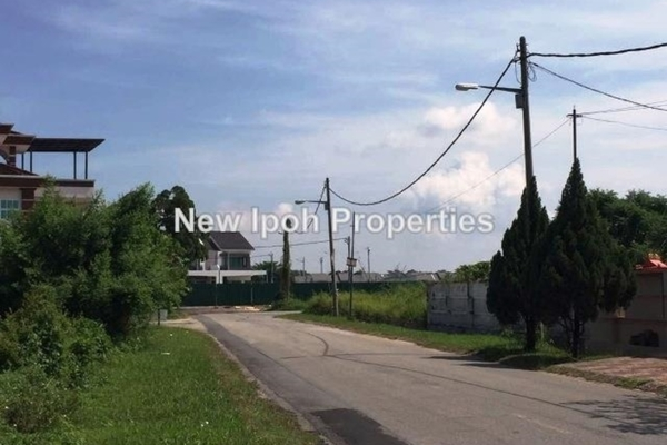 For Sale Land at Taman Sinfar, Ipoh Leasehold Unfurnished 0R/0B 216k