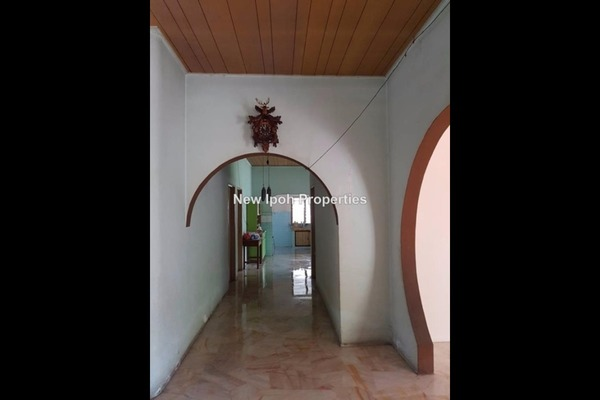For Sale Bungalow at Taman Ampang, Ipoh Leasehold Unfurnished 4R/2B 490k