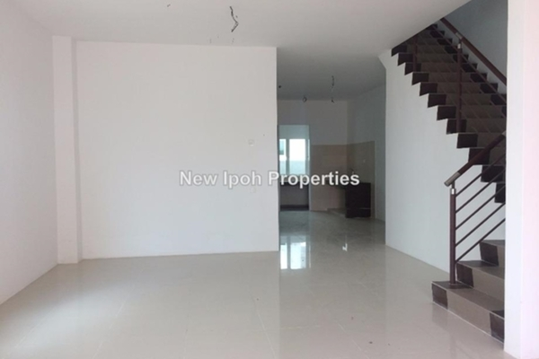 For Sale Terrace at Station 18, Ipoh Leasehold Unfurnished 4R/4B 488k