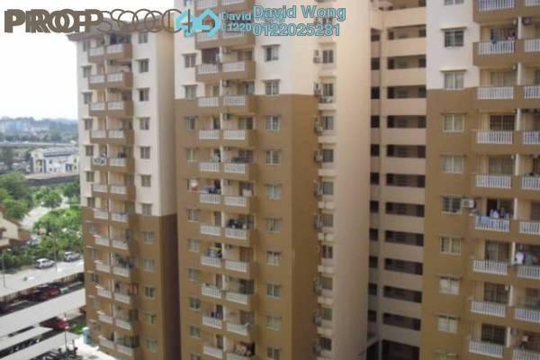 For Rent Apartment at Sri Lavender Apartment, Kajang Freehold Semi Furnished 3R/2B 1.1k