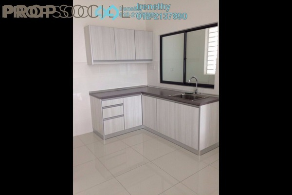 For Rent Condominium at 8 Kinrara, Bandar Kinrara Freehold Semi Furnished 3R/2B 1.8k