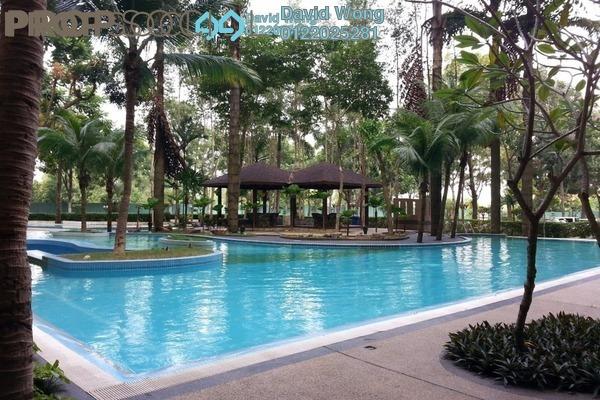 For Rent Condominium at Kristal Villa, Kajang Freehold Semi Furnished 3R/2B 1.1k