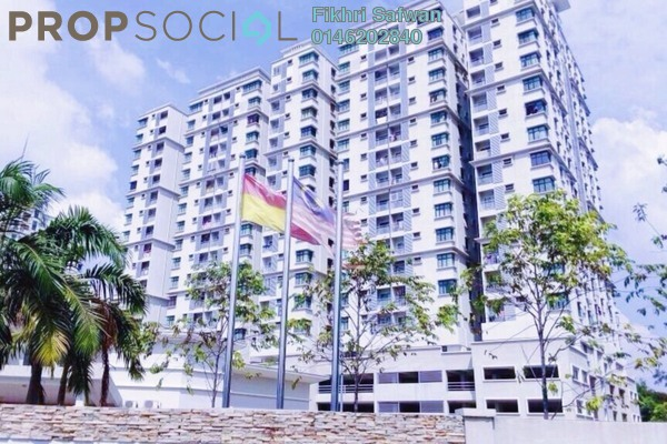 For Rent Condominium at Kristal View, Shah Alam Freehold Semi Furnished 3R/2B 1.8k