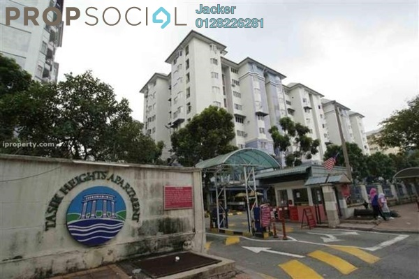 For Rent Condominium at Tasik Heights Apartment, Bandar Tasik Selatan Freehold Semi Furnished 3R/2B 1.4k