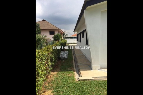 For Sale Bungalow at SS1, Petaling Jaya Freehold Unfurnished 4R/3B 2.1m