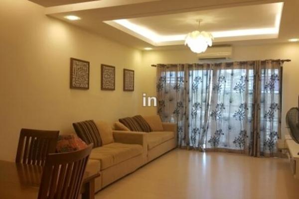 For Sale Condominium at Changkat View, Dutamas Freehold Semi Furnished 3R/2B 565k