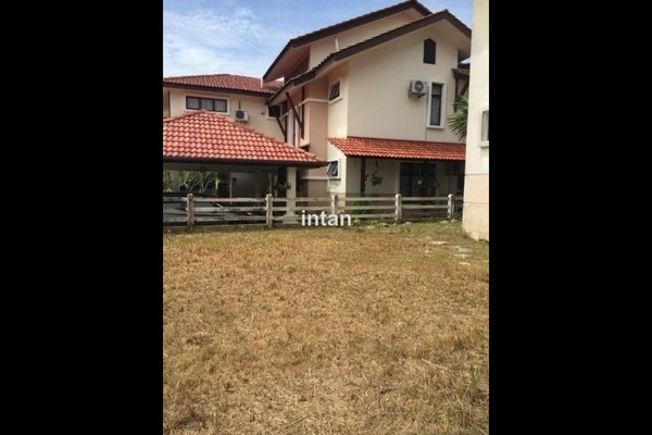 For Sale Bungalow at Jentayu, Bandar Enstek Freehold Semi Furnished 0R/0B 1.1m