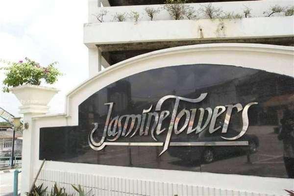 For Sale Condominium at Jasmine Towers, Petaling Jaya Freehold Semi Furnished 3R/2B 660k