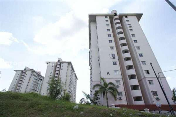 For Rent Condominium at Medan Putra Condominium, Bandar Menjalara Freehold Semi Furnished 3R/2B 1.5k