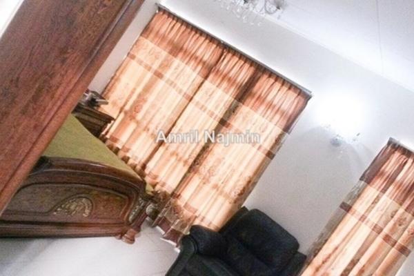 For Sale Terrace at Bandar Saujana Utama, Sungai Buloh Leasehold Semi Furnished 4R/3B 520k