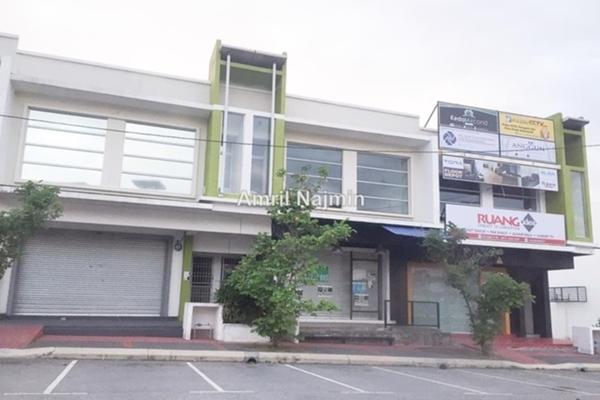 For Sale Shop at Puncak Bestari, Kuala Selangor Leasehold Unfurnished 0R/0B 950k