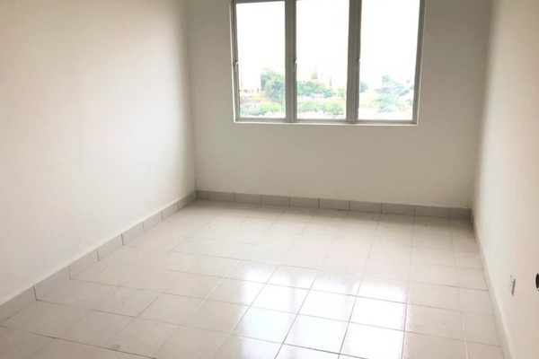 For Sale Condominium at Nusa Mewah, Cheras Leasehold Unfurnished 3R/2B 335k