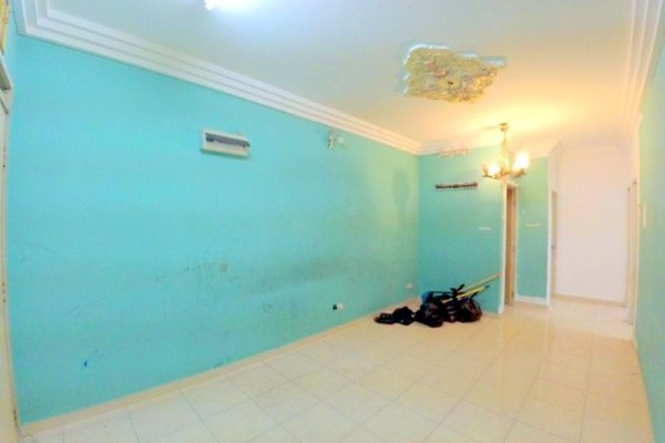For Sale Apartment at Enggang Apartment, Bandar Kinrara Freehold Unfurnished 3R/1B 170k