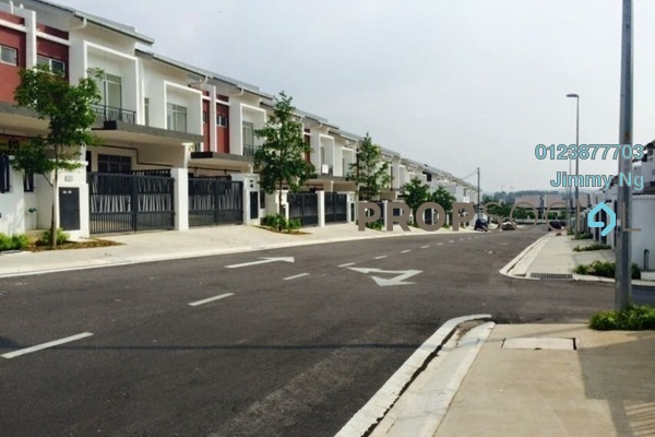 For Sale Terrace at M Residence, Rawang Freehold Unfurnished 4R/3B 480k