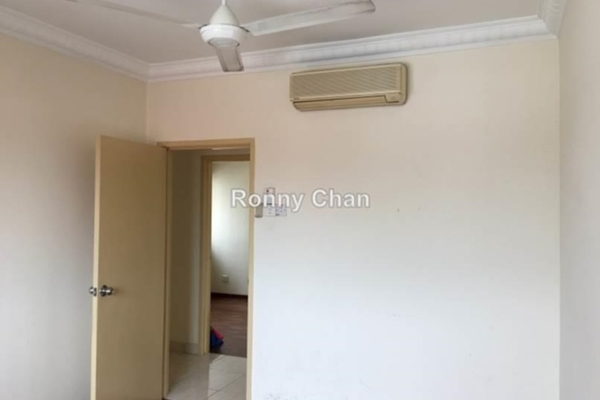 For Sale Condominium at Green Avenue, Bukit Jalil Freehold Semi Furnished 4R/2B 540k