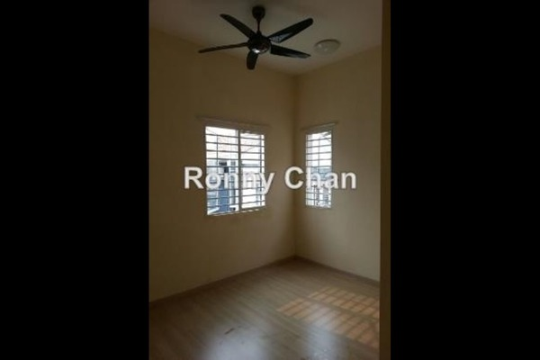 For Rent Semi-Detached at D'Alpinia, Puchong Leasehold Semi Furnished 4R/4B 2.5k