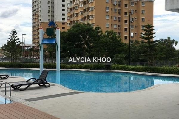 For Rent Condominium at Puteri Hills, Bandar Puteri Puchong Leasehold Semi Furnished 3R/2B 3k