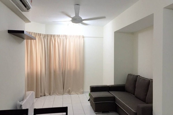 For Rent Condominium at Riana Green, Tropicana Leasehold Semi Furnished 2R/1B 1.6k