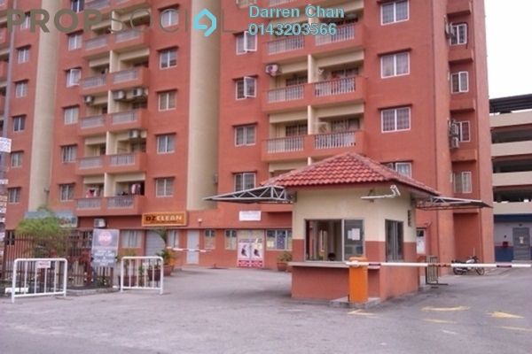 For Rent Apartment at Sri Cempaka Apartment, Kajang Freehold Semi Furnished 3R/2B 1.2k