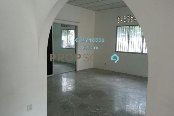 For Sale Terrace at Cheras Perdana Ria, Cheras Freehold Semi Furnished 4R/3B 830k