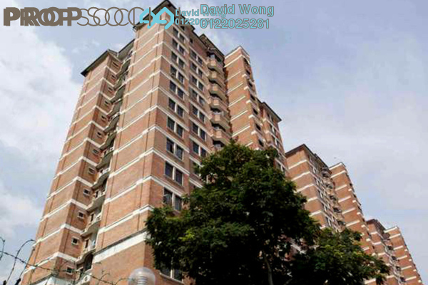 For Sale Condominium at Putra Indah Condominium, Seri Kembangan Leasehold Unfurnished 4R/3B 480k
