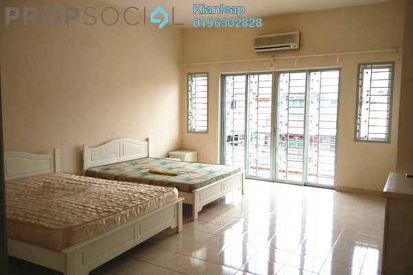 For Rent Terrace at Section 3, Bandar Mahkota Cheras Freehold Semi Furnished 4R/3B 1.45k