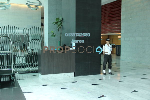 For Sale Condominium at Dua Sentral, Brickfields Freehold Unfurnished 2R/2B 881k